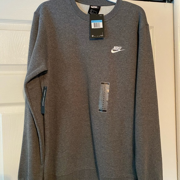 Men's Nike crew neck sweatshirt